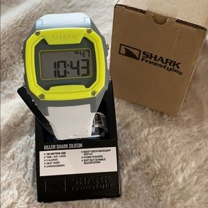 NWT Freestyle Shark Silicon watch